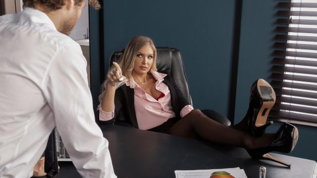 Otoriter Patron Çalışanını Kovmamak İçin Son Bir Şans Verdi
